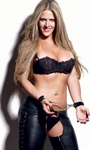 """Foto de Denise Leitão Rocha para a """"Playboy"""" (setembro/2012)"""