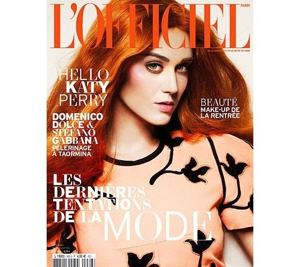 Katy Perry pinta o cabelo de vermelho para capa de revista francesa (31/8/2012)