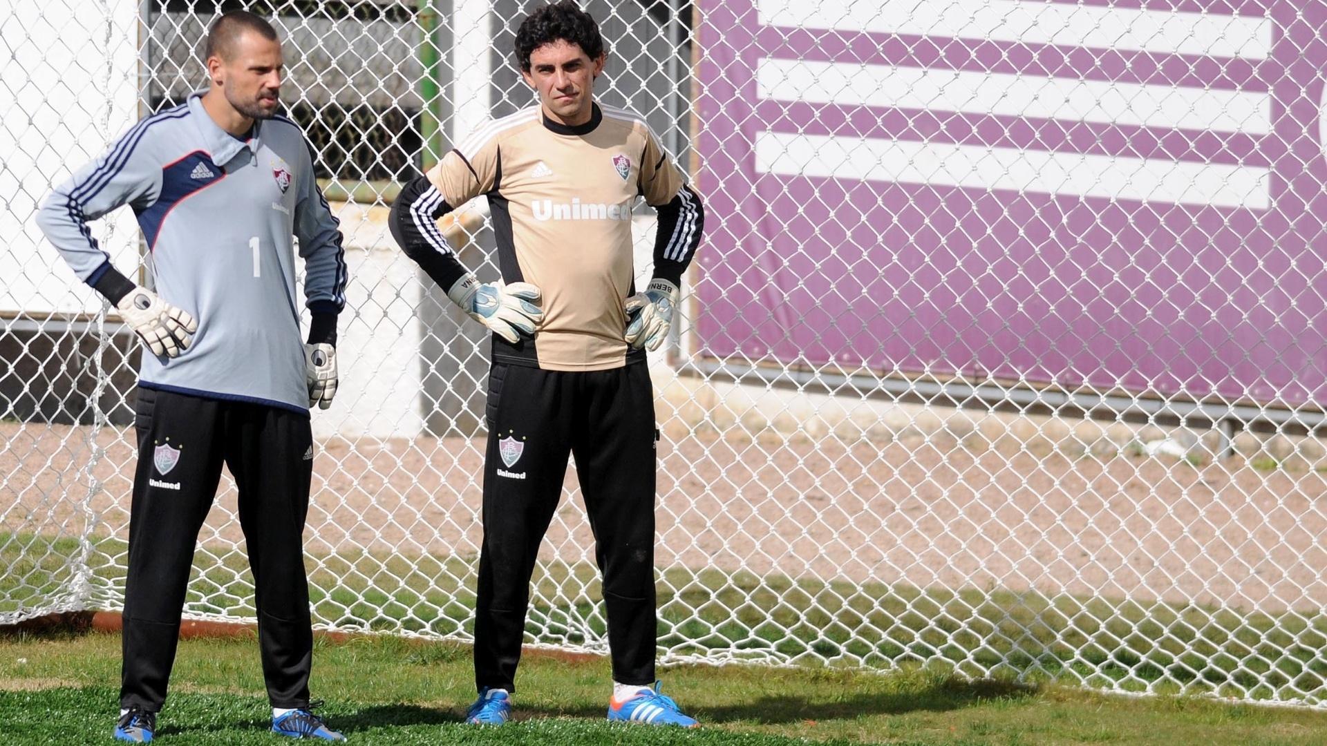 Diego Cavalieri e Ricardo Berna treinam nas Laranjeiras
