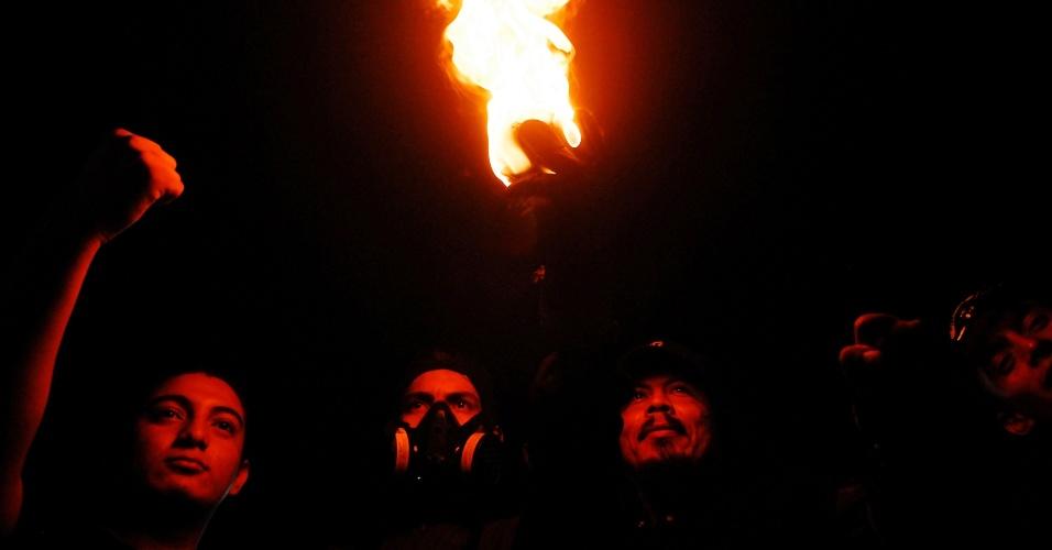 """2.set.2012 - Salvadorenhos se preparam para participar do tradicional festival """"Bolas de Fogo"""", em Nejapa (El Salvador)"""