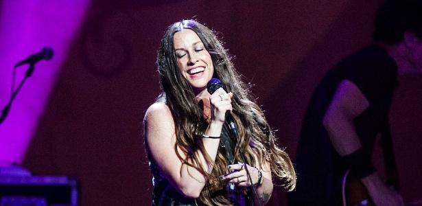 """Alanis Morissette se apresenta no Credicard Hall, em São Paulo, na turnê de seu álbum """"Havoc and Bright Lights"""" (2/9/12)"""
