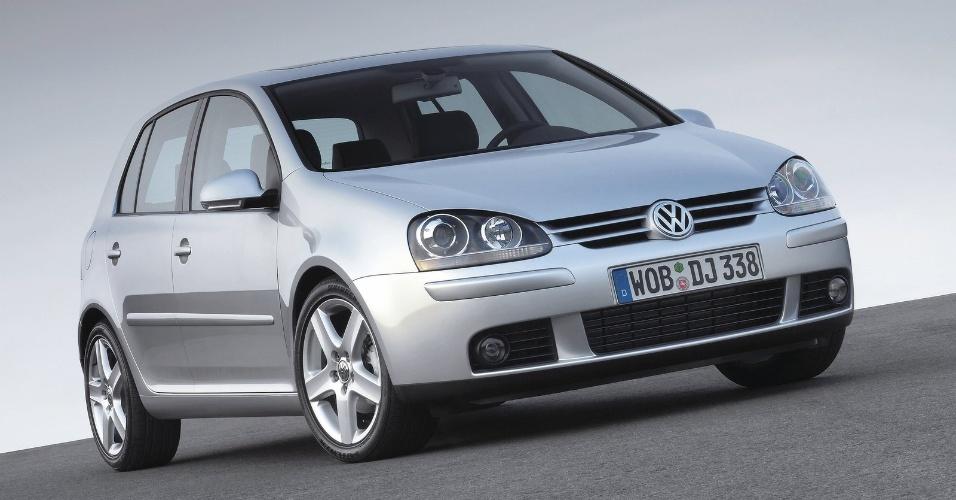 A quinta geração foi lançada na Europa no fim de 2003, com motores com injeção direta de combustível