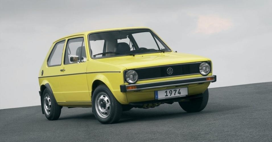 Nascido em 1974, o VW Golf foi chamado de Rabbit nos EUA e Canadá e de Caribe em países latinos
