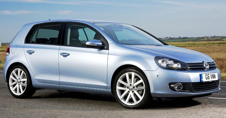 O Golf 6, lançado em 2008, foi o carro que padronizou o desenho de Walter de Silva nos outros VW