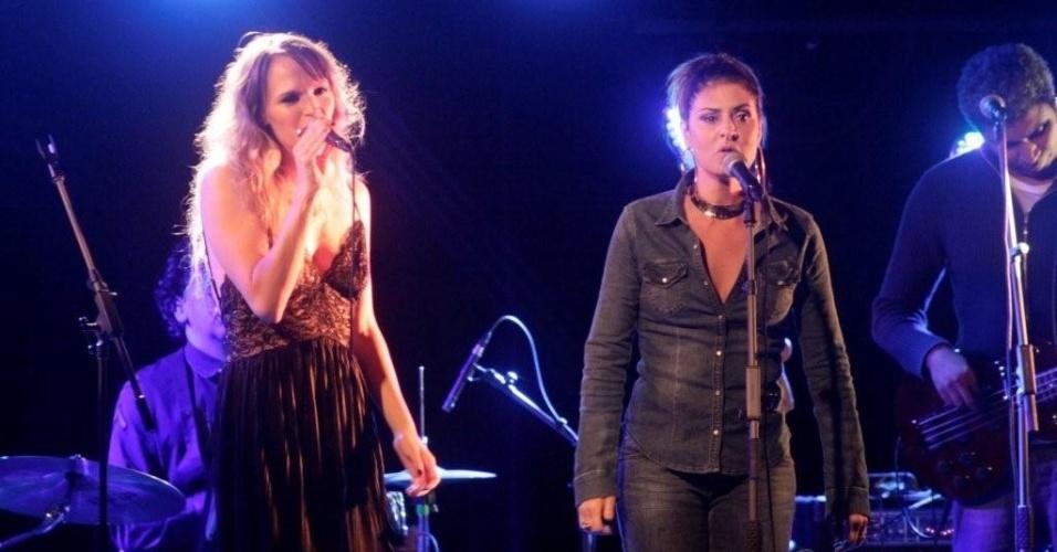 Alexia Bomtempo canta no Rio de Janeiro no show que lança o CD