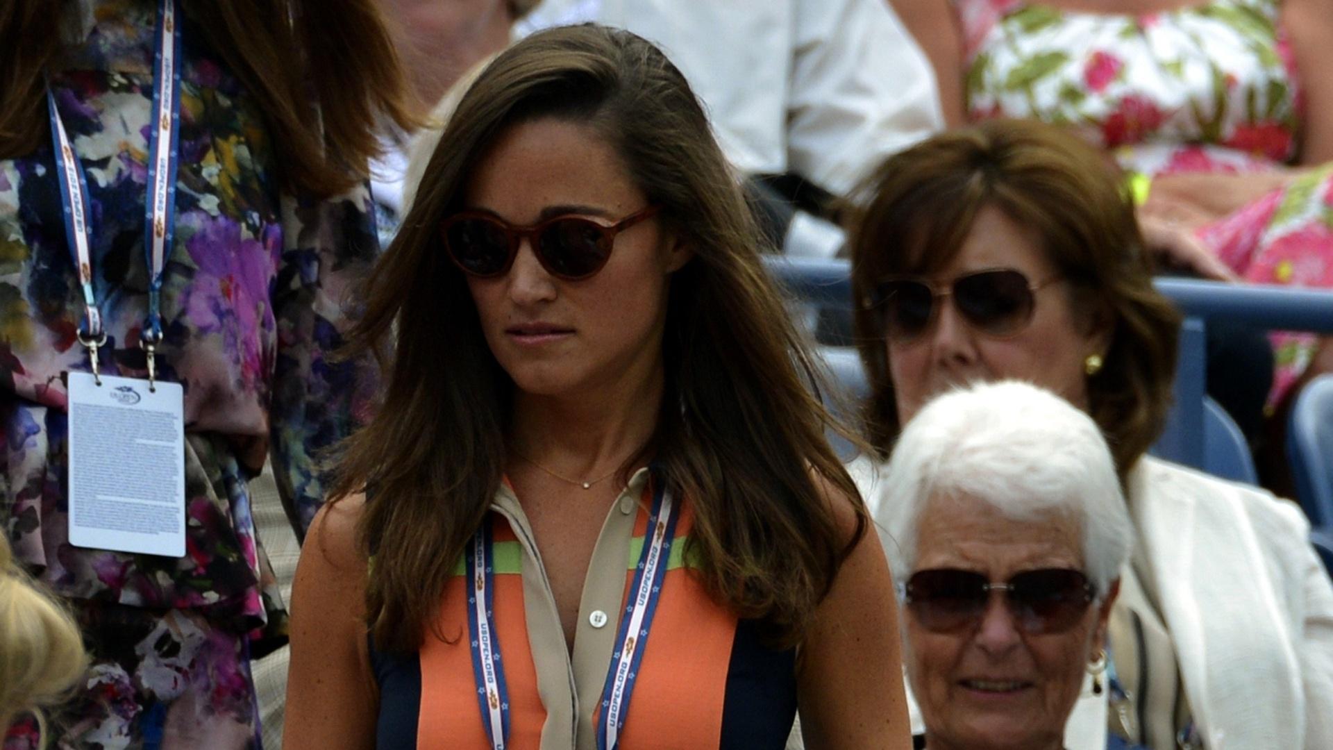 Irmã de Kate (duquesa de Cambridge), Pippa Middleton acompanhou a partida entre Victoria Azarenka e Samantha Stosur