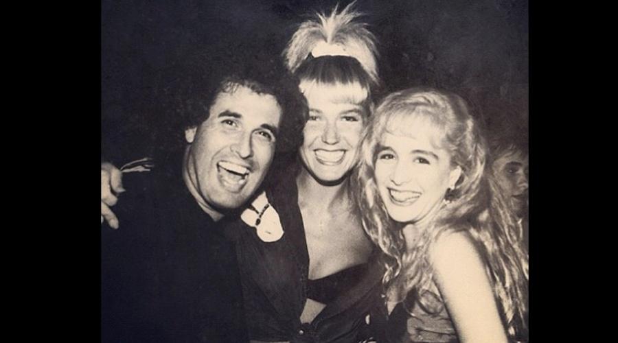 Sérgio Mallandro divulgou uma imagem antiga onde aparece ao lado das apresentadora Xuxa e Angélica (4/9/12)