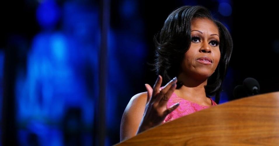 05.set.2012 - Primeira-dama, Michelle Obama, faz discurso durante primeiro dia da Convenção do Partido Democrata em Charlotte, na Carolina do Norte (EUA)