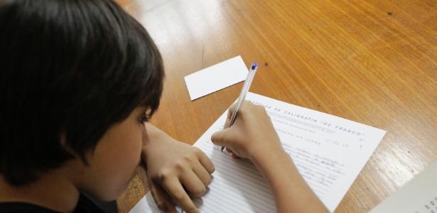 Pediatra acredita que é preciso cuidado para que o mundo digital não leve embora experiências significativas que tem impacto no desenvolvimento das crianças