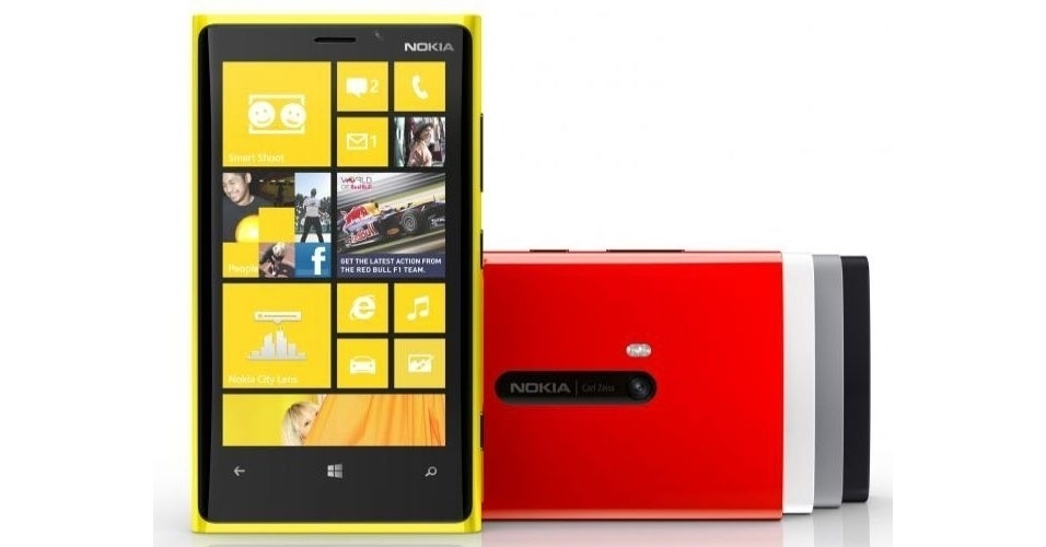 """Smartphone Lumia 920 da Nokia chega ao mercado com Windows Phone 8, carregador sem fio de bateria, tela LCD de 4,5 polegadas, processador dual-core Snapdragon S4 de 1,5 GHz e memória RAM de 1 GB. O dispositivo está disponível nas cores amarelo, vermelho, branco, cinza e preto. Clique em """"Mais"""" para ver a matéria do produto"""
