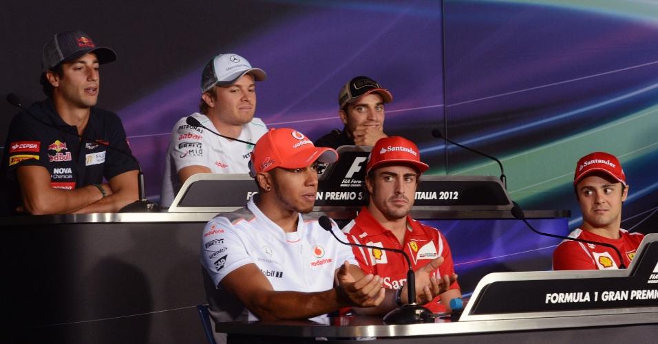 Daniel Ricciardo, Lewis Hamilton, Nico Rosberg, Fernando Alonso, Jerome D'Ambrosio e Felipe Massa, durante coletiva da F-1 na abertura do GP da Itália