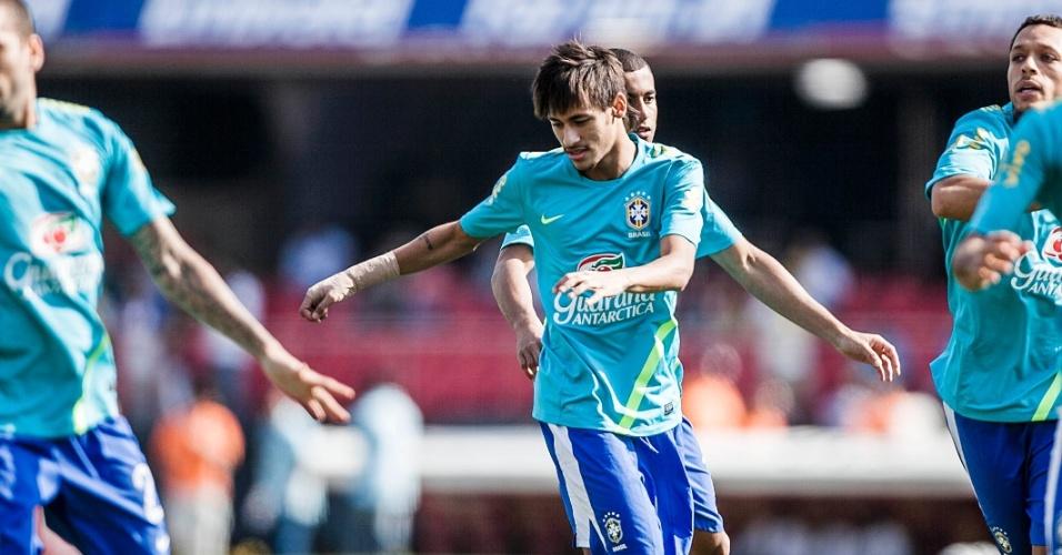 Com Neymar, seleção brasileira se prepara para duelo contra a África do Sul