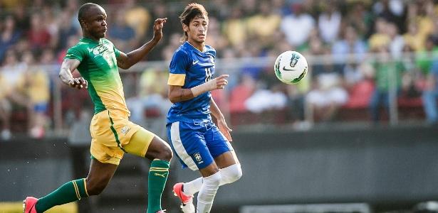 Neymar não conseguiu brilhar e ainda viu os torcedores pegarem no seu pé durante o amistoso