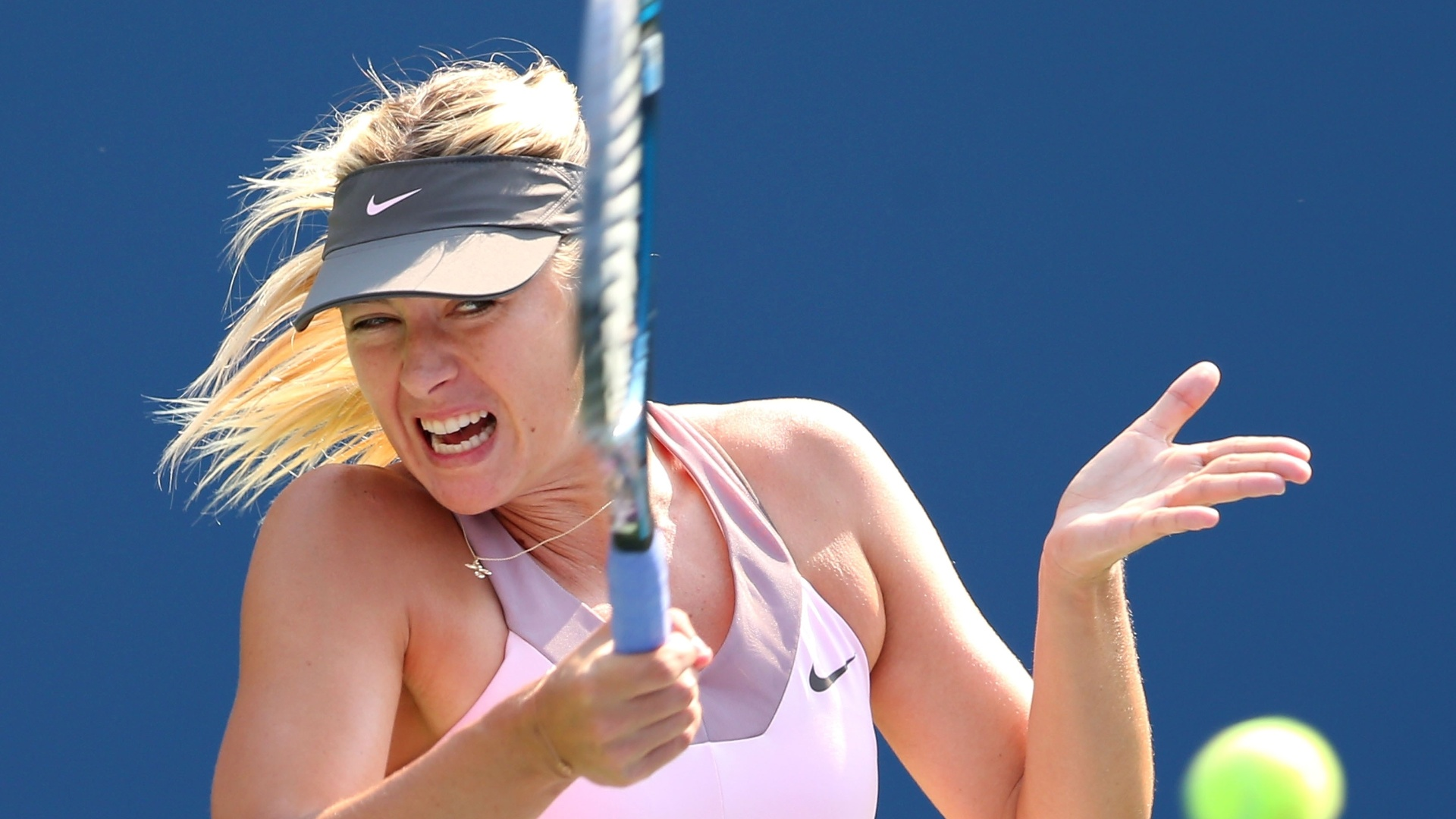 Maria Sharapova teve bom início de partida contra Victoria Azarenka pelas semifinais do Aberto dos EUA