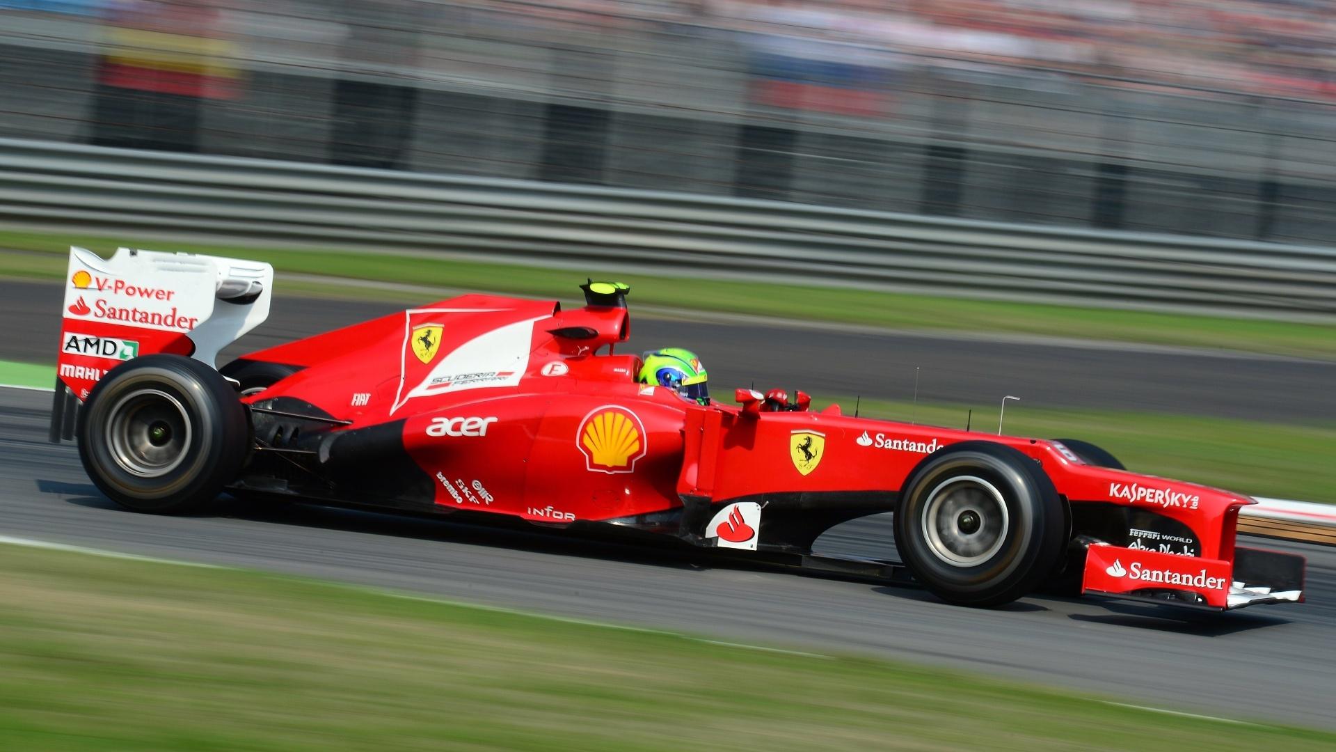 Brasileiro Felipe Massa participa do treino classificatório para o GP da Itália (08/09/12)