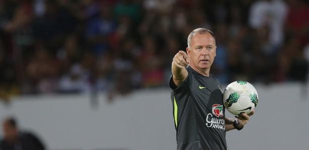 O time de Mano Menezes disputará dois amistosos em outubro contra Iraque e Japão