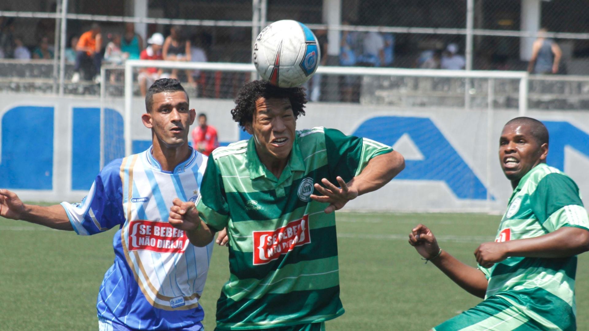 Palmeirinha (verde) e ABC empataram sem gols pela série B da Copa Kaiser de SP