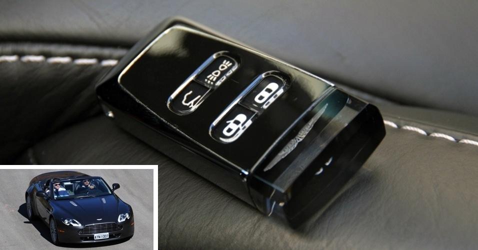 As chaves de qualquer modelo da Aston Martin (na foto, de um Vantage V8 Roadster) cobram R$ 30 mil -- o valor de um VW Voyage 1.0 -- pela exclusividade