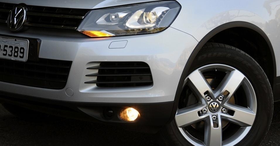 O ACC (Controle de cruzeiro adaptativo) do Volkswagen Touareg é um equipamento de segurança importante (ele freia o carro de acordo com o veículo à frente), mas a VW pede R$ 12.160 por ele