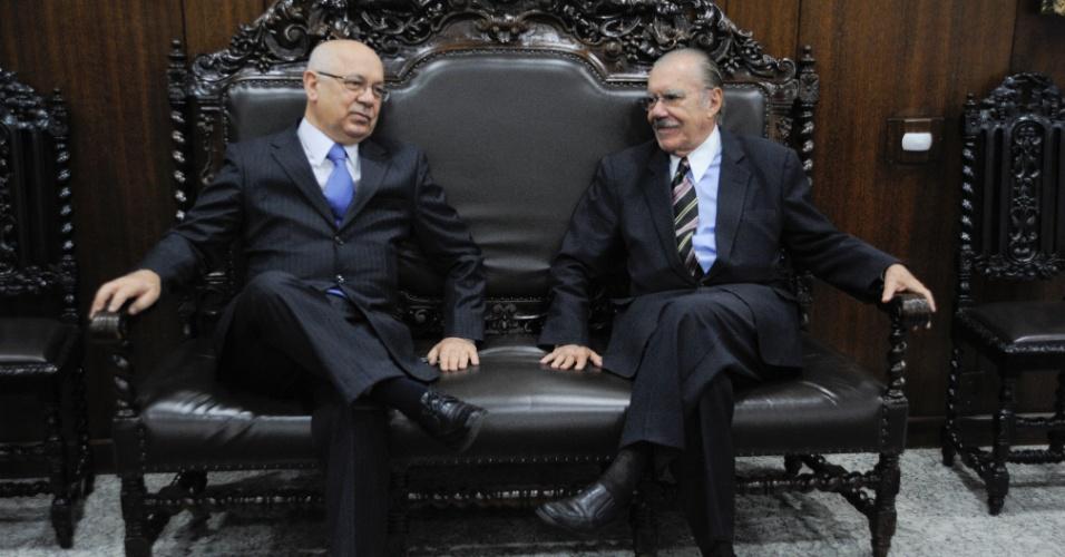 11.set.2012 - O presidente do Senado, José Sarney, recebe Teori Zavascki, ministro do STJ (Superior Tribunal de Justiça) indicado pela presidente Dilma Rousseff ao Supremo Tribunal Federal (STF)