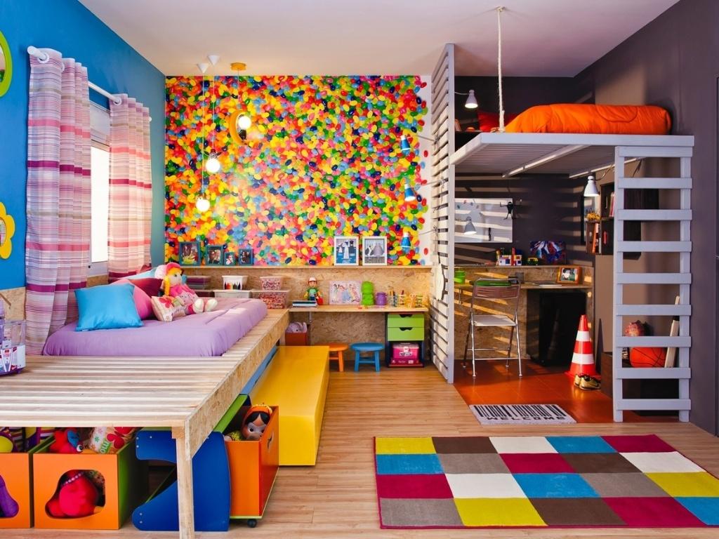 Nesse quarto o que eu mais gostei foi do papel de parede Gostei  #B62A15 1024x768