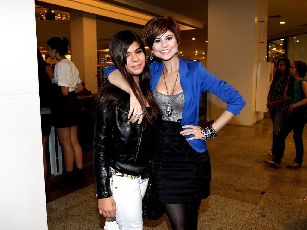 Lívia Andrade foi ao show de Taylor Swift no Rio de Janeiro (13/9/12)