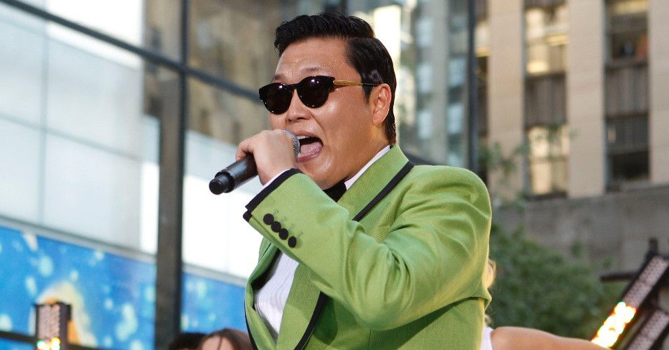 "O cantor sul-coreano Psy apresenta o hit ""Gangnam Style"" no programa ""Today"" (14/9/12)"