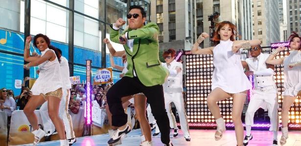 "Artista coreano Psy entra para o Top 100 da Billboard com o hit ""Gangnam Style"""