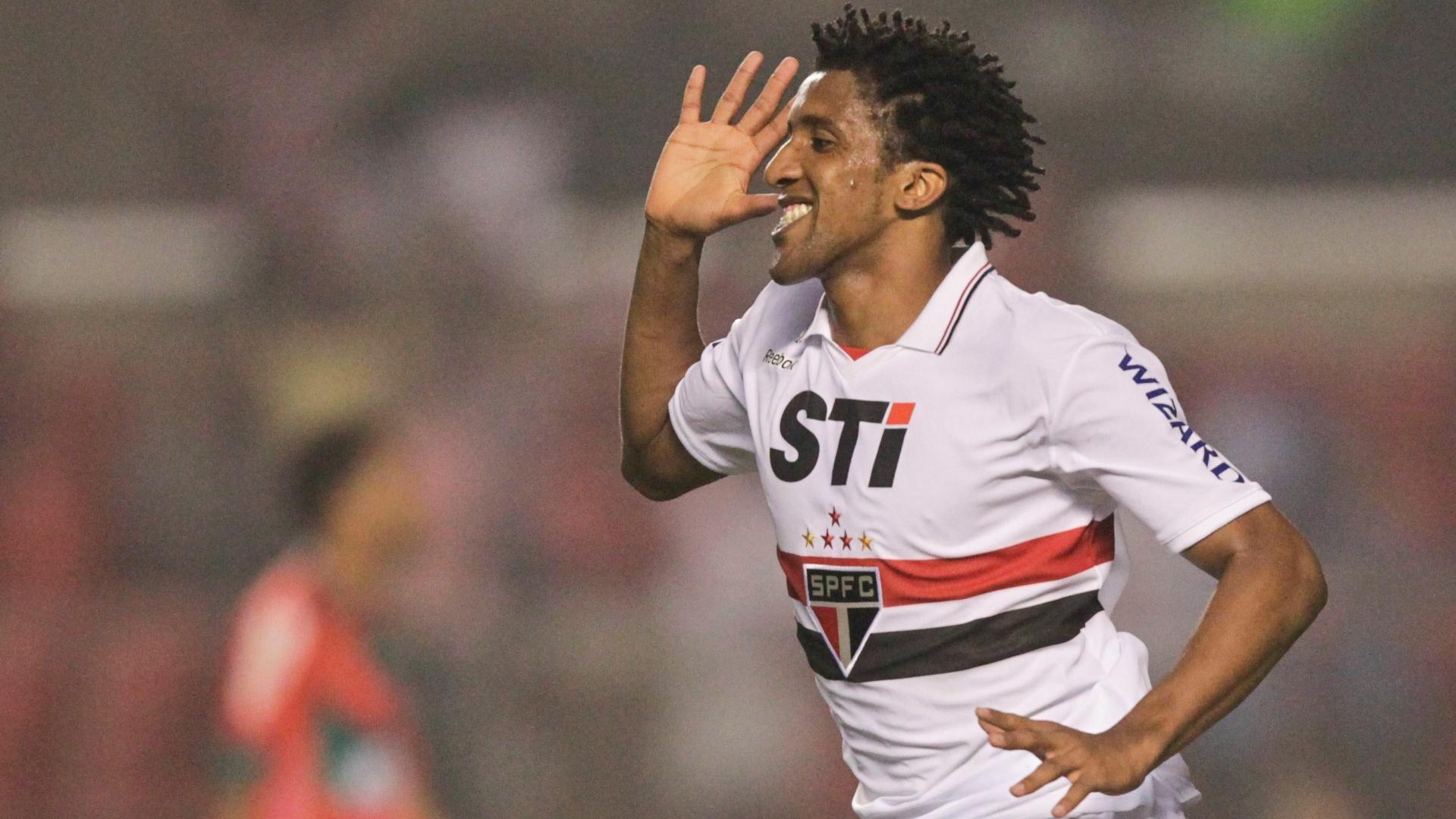 São Paulo gasta 25% de sua folha salarial com jogadores em outros clubes