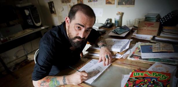 Allan Sieber em seu estúdio no Rio de Janeiro (9/3/11)