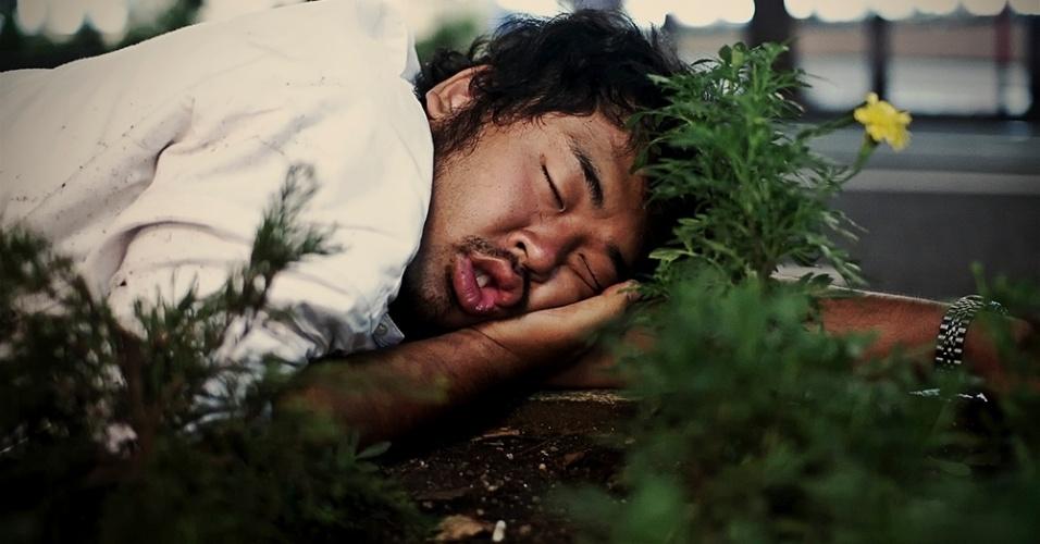 """Em sua maioria, diz Storey, os dorminhocos se aconchegam em qualquer canto por estarem """"bêbados, exaustos ou terem perdido o último trem para casa"""""""