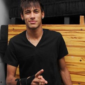 """Neymar participa de festa de encerramento do quadro """"Dança dos Famosos"""" em casa noturna de SP"""