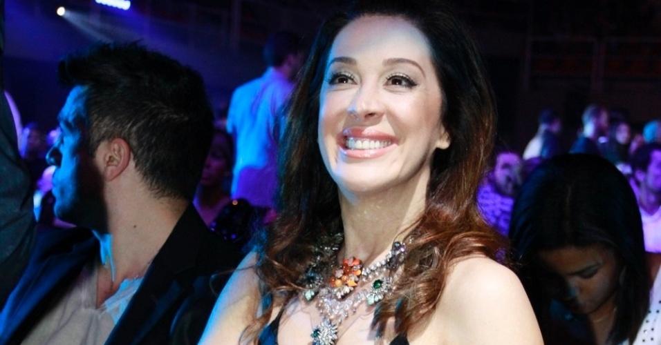 A atriz Claudia Raia compareceu ao 19ª Prêmio Multishow (18/9/12)