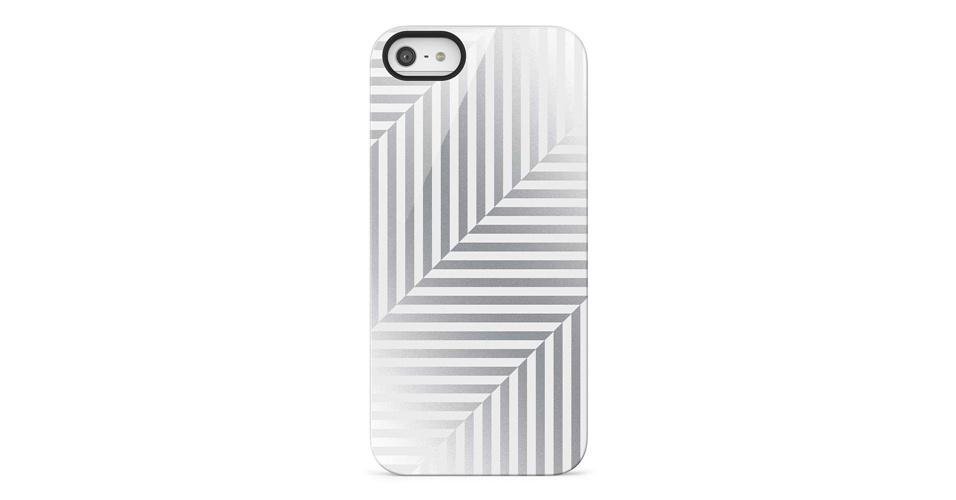Ainda não sabemos o preço do iPhone 5 no Brasil, mas as capas acima devem chegar por preços que variam entre R$ 89 e R$ 179 em dezembro no país, segundo a fabricante Belkin. A Shield Pinstripe é de policarbonato e translúcida