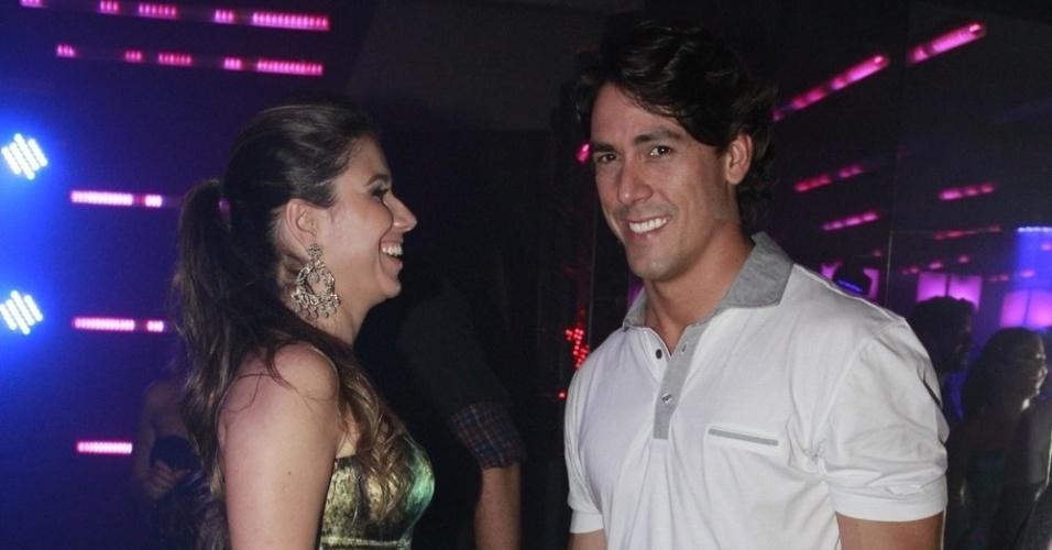 Paula Fernandes dança com o namorado na festa do 19º Prêmio Multishow (18/9/12)