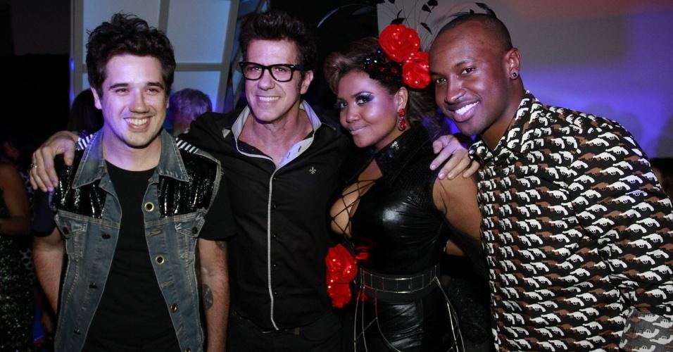 Rogério Flausino, Gaby Amarantos e Thiaguinho durante a festa do 19º Prêmio Multishow (18/9/12)