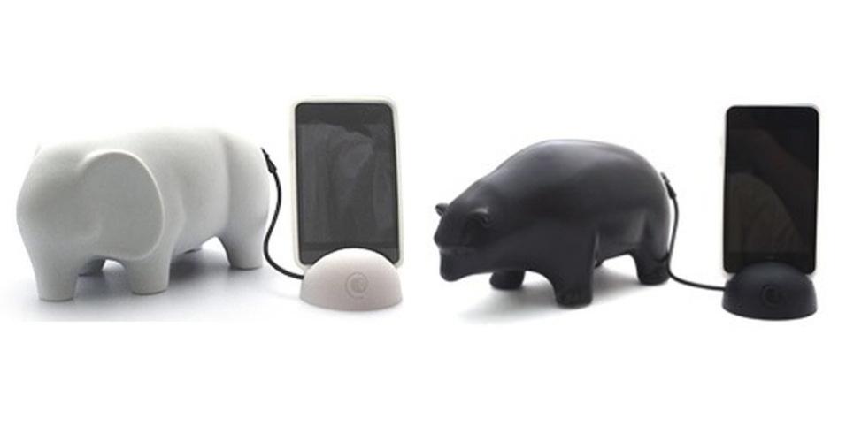 20.set.2012 - Esses gadgets são animais de cerâmica, vendidos no site Geek Stuff 4u, que foram transformados em alto-falantes para smartphones. Por US$ 88 (cerca de R$ 180), o acessório reproduz as músicas do celular utilizando energia do próprio aparelho