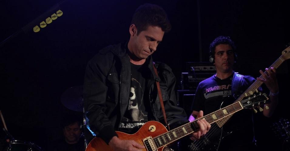 """Edson e Hudson (na imagem) se apresentam no show especial do projeto """"Sertanejo do Bem"""" no Villa Mix, em São Paulo (19/9/12)"""