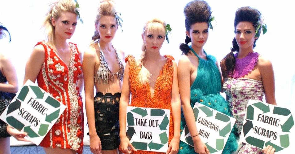 Modelos com criações de Baby Steinberg durante o Brazilian Ball em Toronto (15/09/2012)