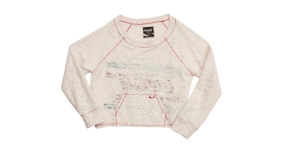 Moletom Coco-Cola Clothing off-white com costuras à mostra e detalhes desfiados; R$ 118,90, na Dafiti (www.dafiti.com.br) Preço pesquisado em setembro de 2012 e sujeito a alterações