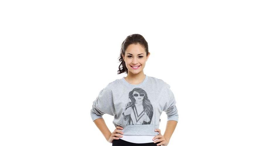 Moletom curto com silk na frente e detalhes em strass; R$ 19,99, na Marisa (www.marisa.com.br) Preço pesquisado em setembro de 2012 e sujeito a alterações