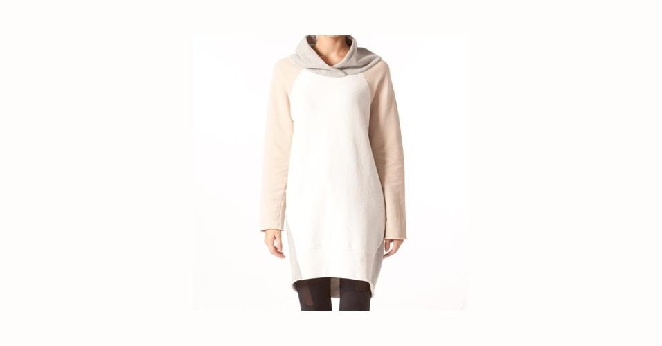 Moletom tricolor bem comprido que pode ser usado como vestido; R$ 297, na Osklen (store.osklen.com) Preço pesquisado em setembro de 2012 e sujeito a alterações