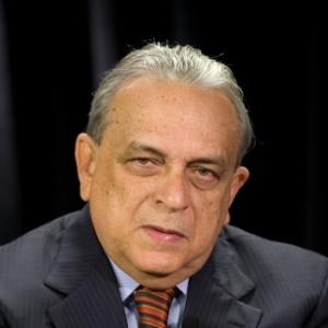 Sérgio Guerra durante entrevista ao programa no Poder e Política