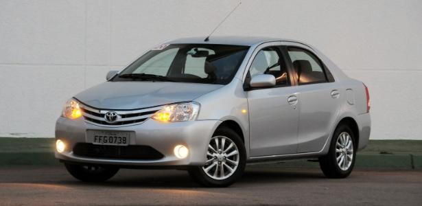 Toyota Etios sedã é mais um concorrente da categoria de sedãs compactos, liderada pelo Chevrolet Cobalt