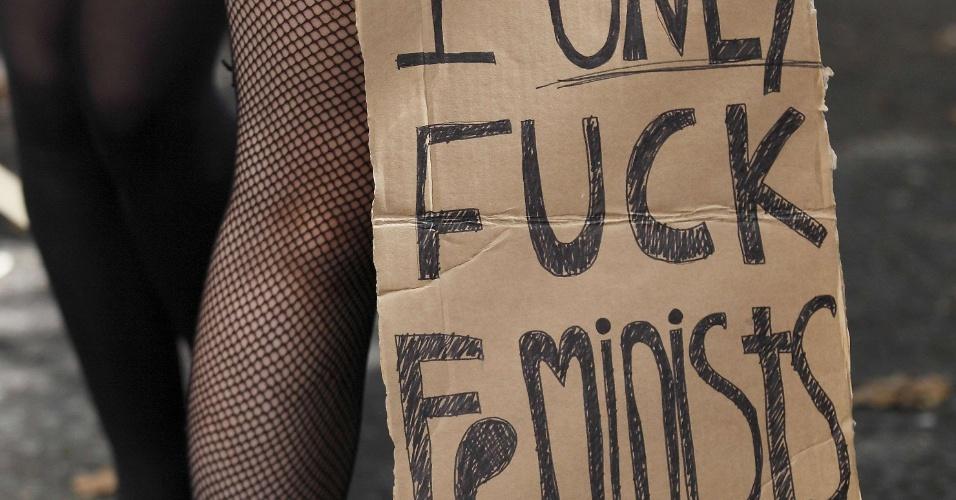22.set.2012 - Mulheres participam da marcha das Vadias, em Londres, na Inglaterra