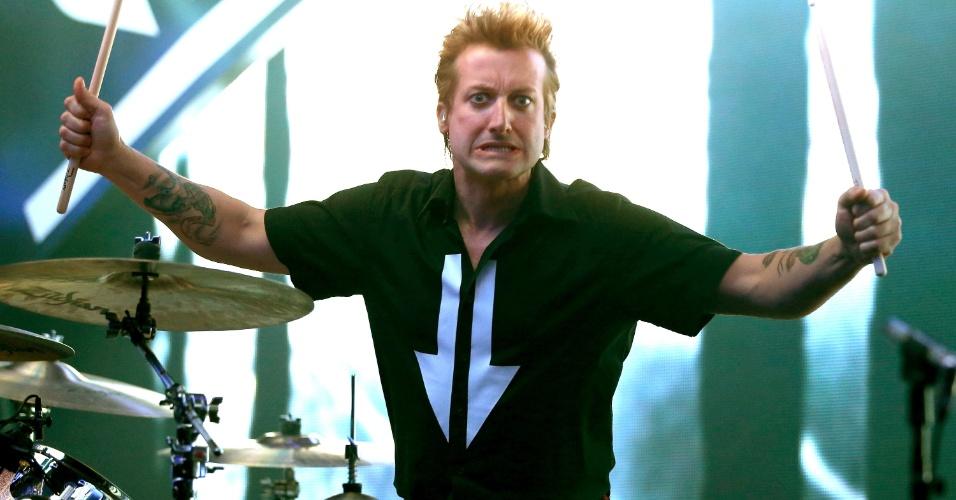 Baterista Tre Cool do Green Day faz pose para foto durante show da banda no iHeartRadio Music Festival 2012, no MGM Grand Garden Arena, em Las Vegas (21/9/12)