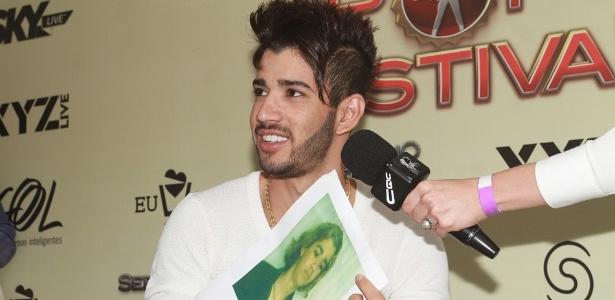 Gusttavo Lima participa de coletiva no Sertanejo Pop Festival em São Paulo, no Espaço das Américas, em São Paulo (22/9/12)