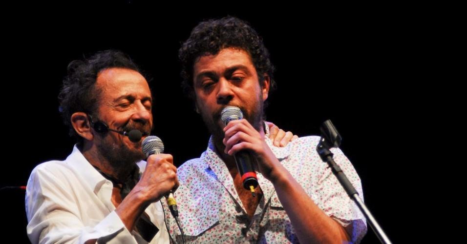 Tom Zé se apresenta com Pelico no show de seu novo disco,