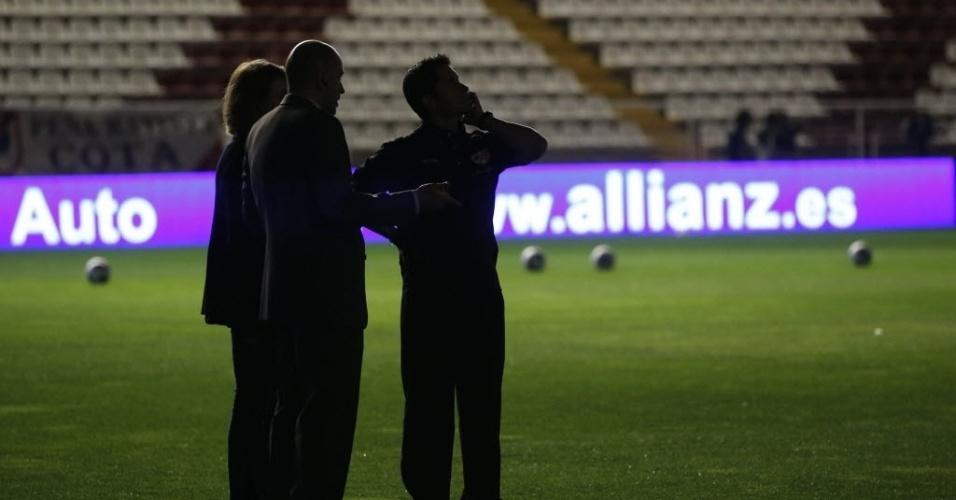 Autoridades tentam descobrir motivo de falta de energia na partida entre Rayo Vallecano e Real Madrid