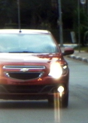 Frente do Onix é desvendada: identidade da Chevrolet é mantida, mas com detalhes mais refinados